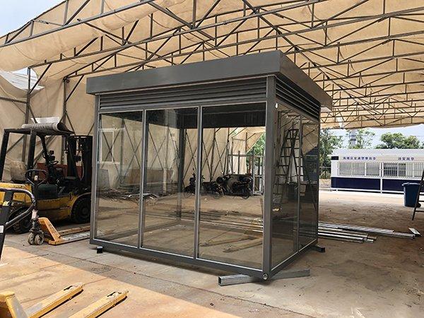 江苏无锡工厂环保户外吸烟亭3x2.4项目案例