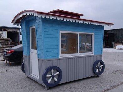 儿童公园可爱主题可移动式雕花板售货亭